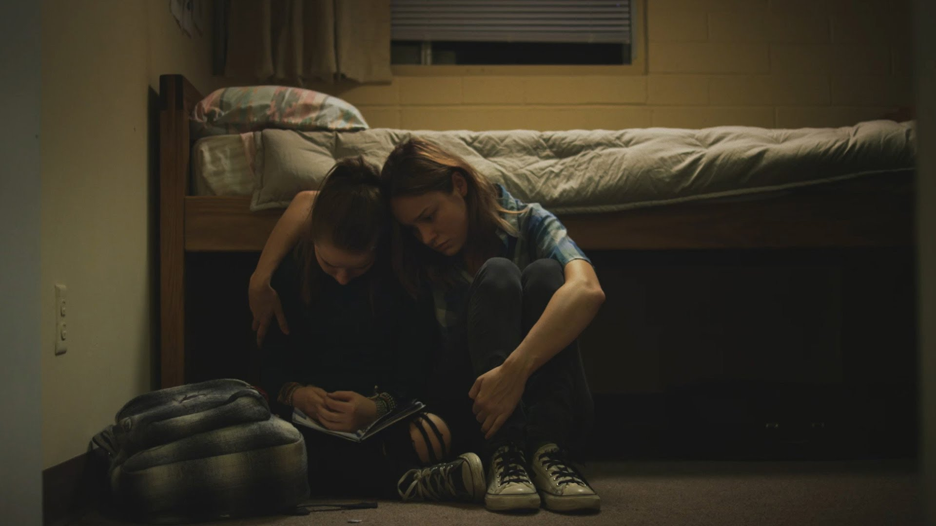 Short Term 12 Official Trailer & Plot