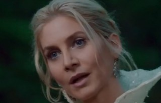 once upon a time  Elizabeth Mitchell